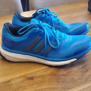 Running 🏃♀️shoes  Adidas  size 9.5
